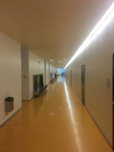 Schulhaus Langmatt Korridor Eingangsbereich